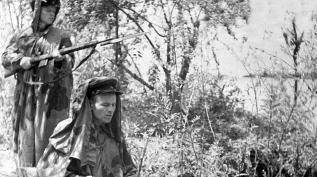 Великая Отечественная | Солдаты в зеленых фуражках
